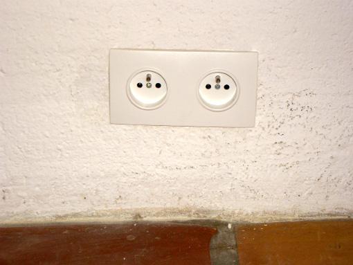 Plug 4